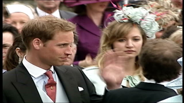 vídeos de stock e filmes b-roll de kate middleton makes formal press complaint laycock prince william and prince harry at wedding of laura parker bowles - 2007