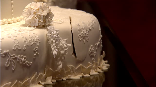 prince william and kate wedding cake recipe wedding cake and b roll footage getty images 18785
