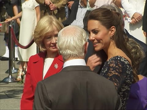 of kate middleton with canadian prime minister stephen harper, wife laureen, and governor general david johnston. the duke and duchess of cambridge... - (war or terrorism or election or government or illness or news event or speech or politics or politician or conflict or military or extreme weather or business or economy) and not usa stock videos & royalty-free footage