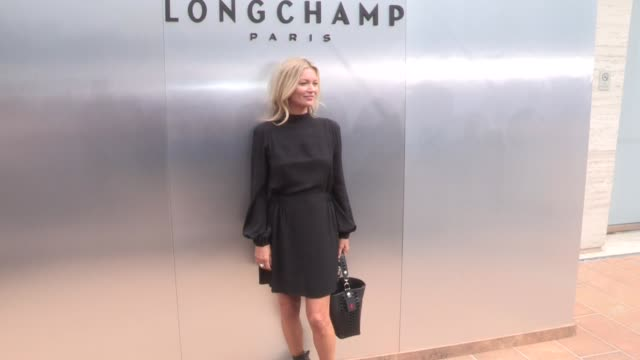 kate moss lila moss at the photocall for the longchamp spring summer 2020 fashion show in nyc new york city ny usa on saturday september 7 2019 - new york fashion week stock videos & royalty-free footage