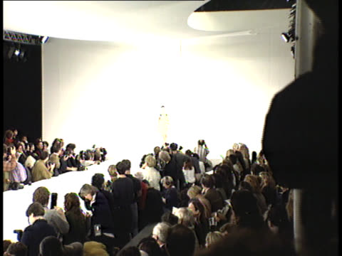 kate moss on the runway - fashion show stock videos & royalty-free footage
