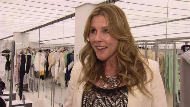 vidéos et rushes de kate nobelius american express skybox host on the incredible last season at bryant park at the new york fashion week backstage vip experiences with... - en dernier