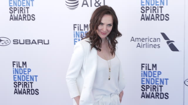 kate siegel at the 2019 film independent spirit awards on february 23 2019 in santa monica california - film independent spirit awards stock videos & royalty-free footage