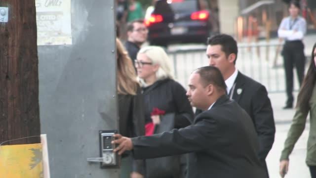 stockvideo's en b-roll-footage met kate upton departing the jimmy kimmel studio in los angeles - celebrity sightings in los angeles on april 09, 2014 in los angeles, california. - jimmy kimmel