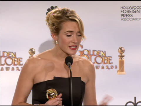 kate winslet at the 66th annual golden globe awards press room at los angeles ca. - kate winslet stock videos & royalty-free footage