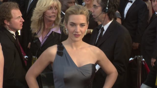 kate winslet at the 81st academy awards arrivals part 3 at los angeles ca - kate winslet stock videos and b-roll footage