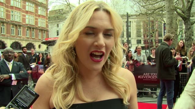 kate winslet on philosophies, flaws and maturity at 'divergent' uk film premiere at odeon leicester square on march 30, 2014 in london, england. - kate winslet stock videos & royalty-free footage