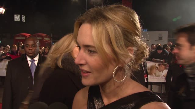 kate winslet on working with her two favourite men at the uk revolutionary road premiere at london - kate winslet stock videos and b-roll footage