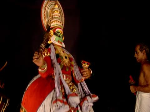 kathakali dance performance kochi india - gold dress stock videos & royalty-free footage