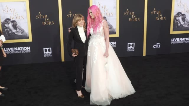 stockvideo's en b-roll-footage met katharine ross and cleo rose elliott at the a star is born los angeles premiere at the shrine auditorium on september 24 2018 in los angeles... - cleo rose elliott