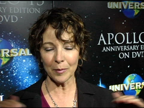 stockvideo's en b-roll-footage met kathleen quinlan at the 'apollo 13' anniversary dvd launch at california science center in los angeles, california on march 22, 2005. - kathleen quinlan