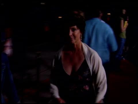 stockvideo's en b-roll-footage met kathleen quinlan at the red eye premiere on august 14, 2005. - kathleen quinlan