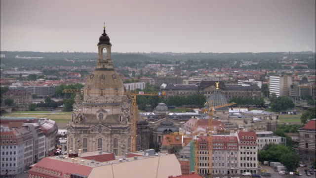 katholische hofkirche and frauenkirche dominate the dresden skyline. available in hd. - hofkirche stock videos & royalty-free footage