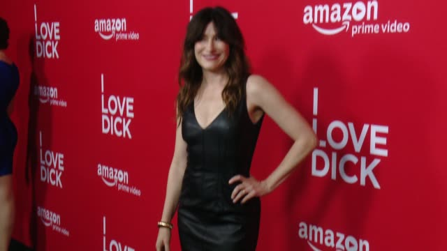 """kathryn hahn at red carpet premiere of amazon's forthcoming series """"i love dick"""" at linwood dunn theater on april 20, 2017 in los angeles, california. - キャスリン ハーン点の映像素材/bロール"""