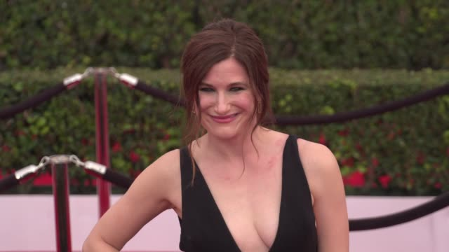 kathryn hahn at the 22nd annual screen actors guild awards - arrivals at the shrine auditorium on january 30, 2016 in los angeles, california. 4k... - shrine auditorium stock videos & royalty-free footage
