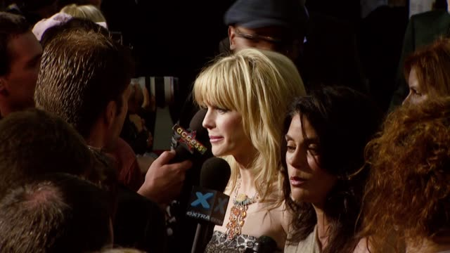 kathryn morris and teri hatcher at the 'resurrecting the champ' premiere at samuel goldwyn theater in beverly hills california on august 22 2007 - kathryn morris stock videos & royalty-free footage