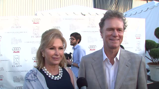vídeos de stock, filmes e b-roll de kathy and rick hilton on their involvement in tonight's event on if they'll be doing any shopping tonight on what they're looking for and on their... - rainha de beleza