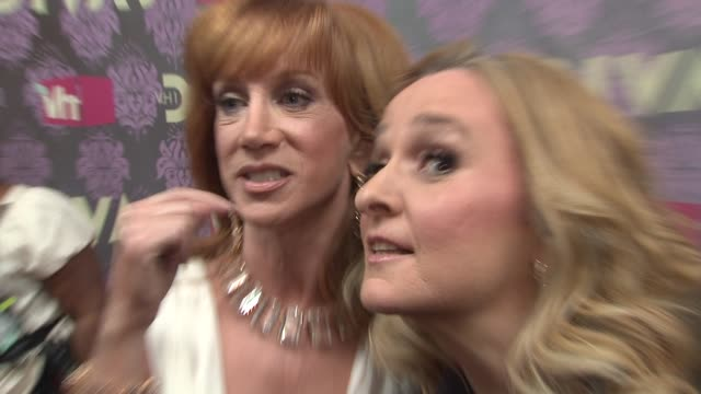kathy griffin and melissa etheridge at the 2009 vh1 divas red carpet at new york ny - vh1 divas stock videos and b-roll footage