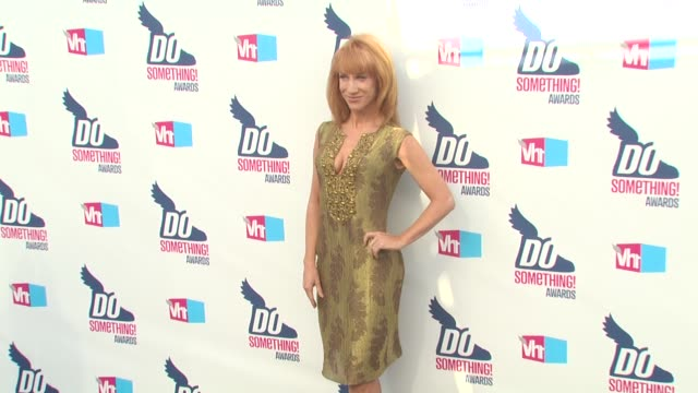 kathy griffin at the 2010 vh1 do something awards at hollywood ca. - do something organization stock videos & royalty-free footage