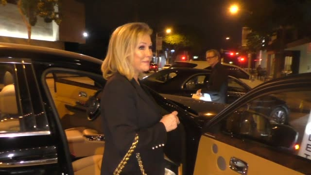 kathy hilton says kyle richards & lisa vanderpump will make up outside craig's restaurant in west hollywood in celebrity sightings in los angeles, - west hollywood stock-videos und b-roll-filmmaterial