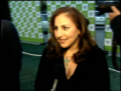 kathy najimy at the environmental media awards at wilshire ebell theatre in los angeles california on october 1 2005 - environmental media awards点の映像素材/bロール
