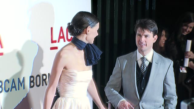 vidéos et rushes de katie holmes and tom cruise at the lacma opening at the broad contemporary art museum in los angeles california on february 9 2008 - tom cruise