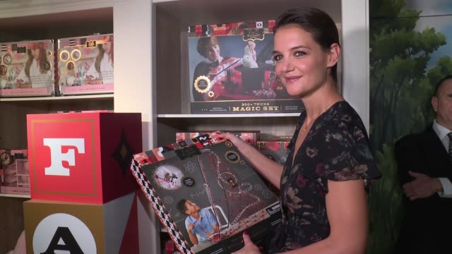 katie holmes at katie holmes unveils fao schwarz holiday collection and the return to wonder at bergdorf goodman at bergdorf goodman on october 24... - bergdorf goodman stock videos and b-roll footage
