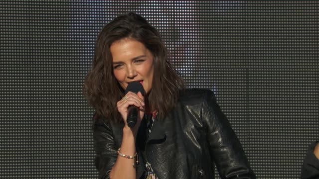 SPEECH Katie Holmes discusses how the world needs to work together at 2015 Global Citizen Concert at Central Park on September 26 2015 in New York...