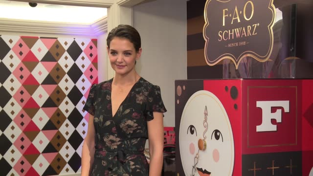 chyron katie holmes unveils fao schwarz holiday collection and the return to wonder at bergdorf goodman at bergdorf goodman on october 24 2017 in new... - bergdorf goodman stock videos and b-roll footage