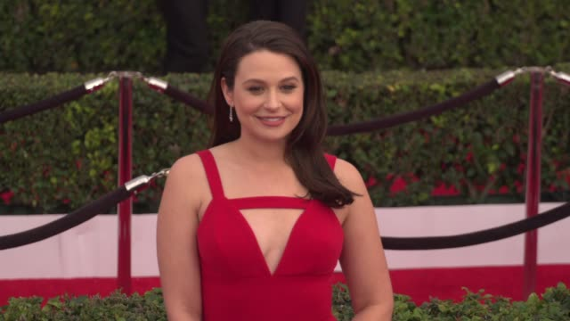 katie lowes at the 22nd annual screen actors guild awards - arrivals at the shrine auditorium on january 30, 2016 in los angeles, california. 4k... - shrine auditorium stock videos & royalty-free footage