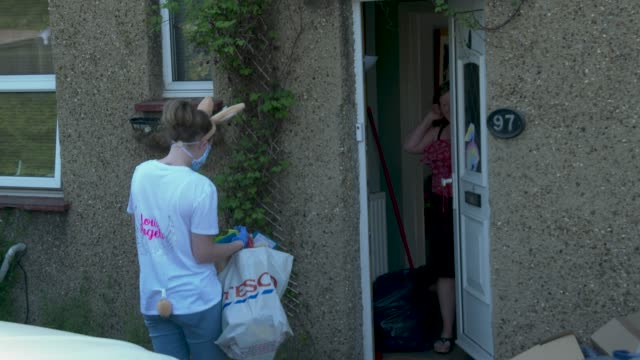 katielouise barber talks to members for public after dropping off easter eggs katielouise barber 27 year old mum of three delivers easter care... - decoration stock videos & royalty-free footage