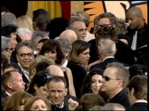 vidéos et rushes de katja esson at the 2004 academy awards arrivals at the kodak theatre in hollywood, california on february 29, 2004. - 76e cérémonie des oscars