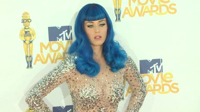 katy perry at the 2010 mtv movie awards at universal city ca - mtv movie & tv awards stock videos & royalty-free footage