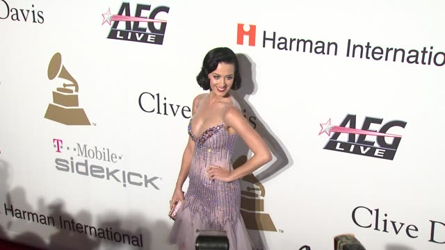 katy perry at the pregrammy gala salute to industry icons with clive davis at los angeles ca - 2009年点の映像素材/bロール