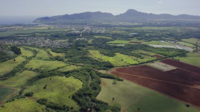 kauai, hawaii, aerial shot - gore range stock videos and b-roll footage
