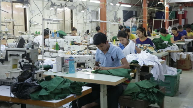 stockvideo's en b-roll-footage met kaung aunt garment manufacturing co factory in yangon myanmar on friday aug 31 2018 - kledingstuk