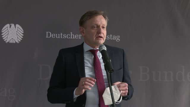 kay gottschalk of the alternative for germany party and chair of the bundestag wirecard investigation commission, speaks to the media prior german... - 会長点の映像素材/bロール