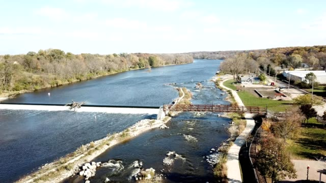 kayak chute and dam on the fox river - yorkville illinois stock videos & royalty-free footage
