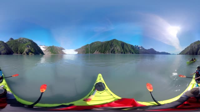 kayak + glacier - kayak video stock e b–roll