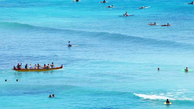 kayaking at hawaiian beach paradise - hawaiian culture stock videos & royalty-free footage