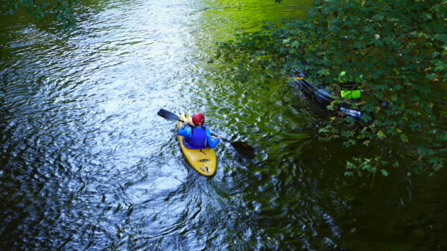 vídeos de stock e filmes b-roll de kayaking, rur river, north eifel territory, eifel region, germany, europe - leisure equipment