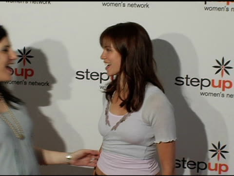 stockvideo's en b-roll-footage met kaye popofsky kramer founder of step up women's network and amy smart at the step up women's network inspiration awards luncheon at the beverly... - women's image network awards