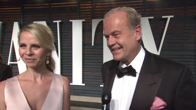 interview kayte walsh and kelsey grammar at the 2015 vanity fair oscar party hosted by graydon carter at wallis annenberg center for the performing... - oscar party stock-videos und b-roll-filmmaterial