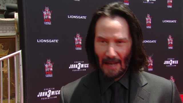 CA: Keanu Reeves Hand & Footprint Ceremony