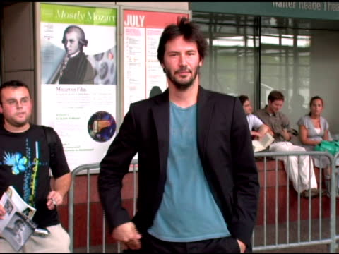 keanu reeves at the 'a scanner darkly' advanced screening at the walter reade theater in new york, new york on july 5, 2006. - keanu reeves stock videos & royalty-free footage
