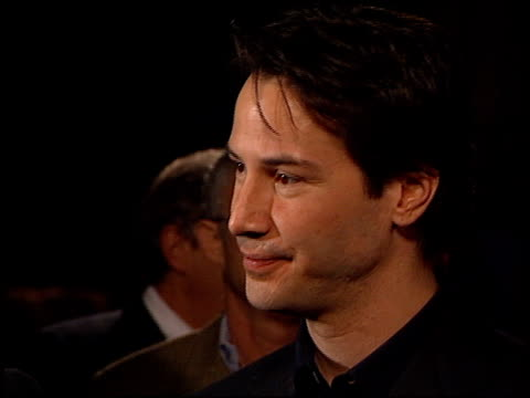 keanu reeves at the 'hardball' premiere at paramount studios in hollywood california on september 14 2001 - paramount studios stock videos and b-roll footage