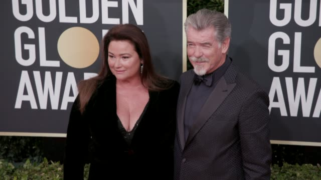 keely shaye brosnan and pierce brosnan at the 77th annual golden globe awards at the beverly hilton hotel on january 05 2020 in beverly hills... - keely shaye smith and pierce brosnan stock videos & royalty-free footage