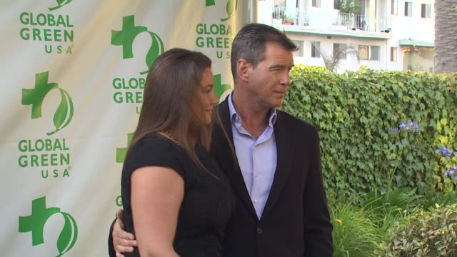keely shaye smith pierce brosnan at the global green usa 14th annual millennium awards at santa monica ca - keely shaye smith and pierce brosnan stock videos & royalty-free footage