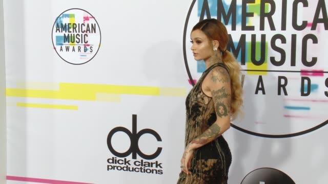 kehlani at 2017 american music awards on november 19 2017 in los angeles california - american music awards stock videos & royalty-free footage