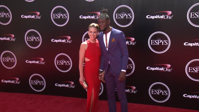vídeos y material grabado en eventos de stock de kei kamara at the 2016 espy awards at microsoft theater on july 13 2016 in los angeles california - premios espy